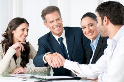 הדברים שאתם חייבים לבדוק לפני סגירת חוזה עם חברת ניהול בניינים