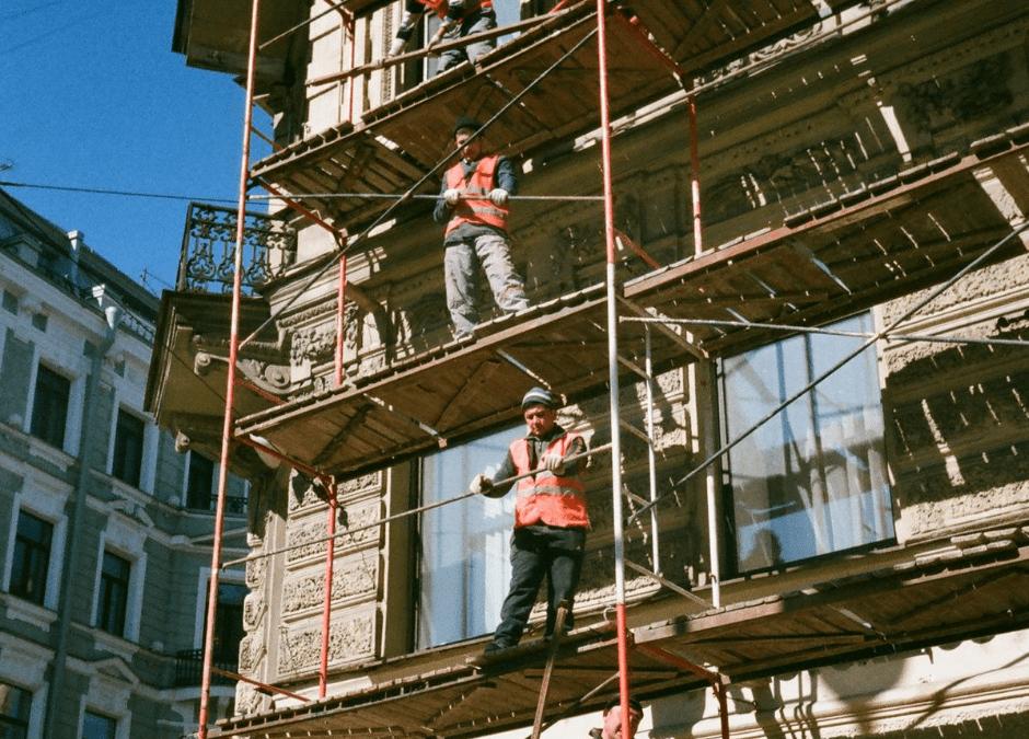 מתי כדאי לעשות שיפוץ חיצוני לבניין משותף?