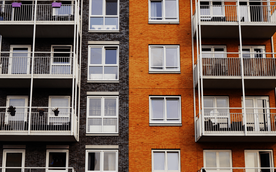 ניקיון חדר מדרגות בבית משותף: בניין נקי וראש שקט